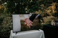 Electronic Slideshow Prop