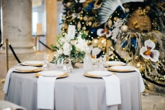 Gold Accented Table Seting