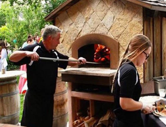 Catering-About-Us-pizza-oven